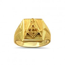 Yellow gold Mason ring